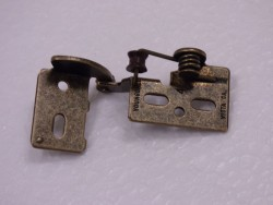 SOLK-Lipped Antique Brass Open Hinge
